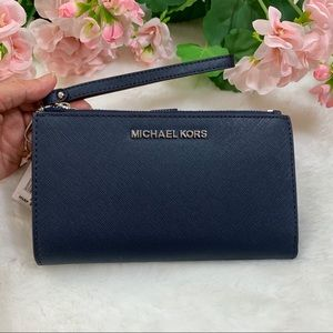 Michael Kors Jet Set Double Zip Wristlet